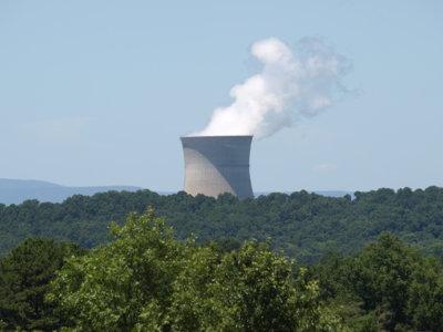 ¿Cuál es la central nuclear más antigua?