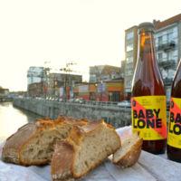 No tires el pan, haz cerveza. Artesanos belgas elaboran cerveza con sobras de panadería