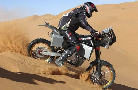 Tacita presenta la moto eléctrica de enduro T-Race, que llegará el próximo año a nuestro país