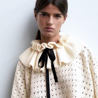 Siete jerséis de punto de Zara con un cuello muy extra que marca la diferencia
