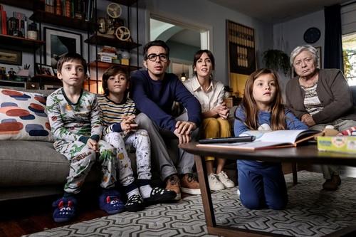 'Mira lo que has hecho': la temporada final de la serie de Berto para Movistar logra un brillante balance entre drama y comedia