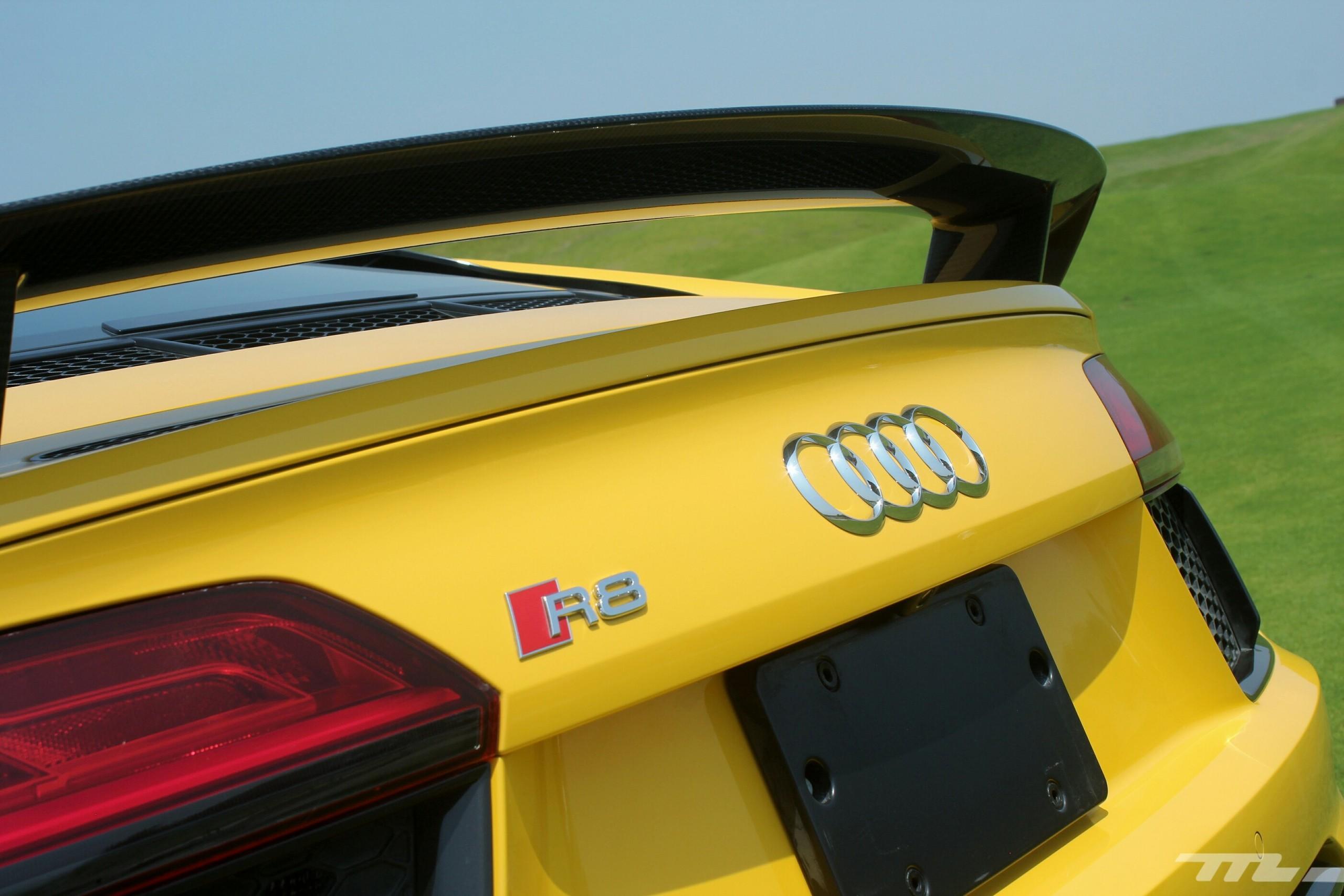 Foto de Audi R8 V10 Plus (4/36)