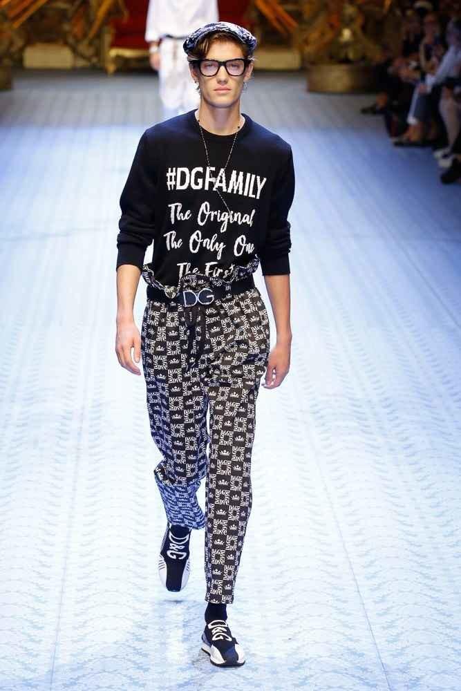 Foto de Dolce & Gabbana Spring-Summer2019 (18/123)