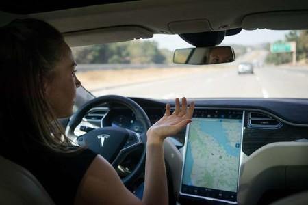 Tesla Piloto Automatico