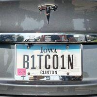 Elon Musk anuncia que Tesla dejará de aceptar Bitcoin como forma de pago de sus coches ante el impacto energético del minado