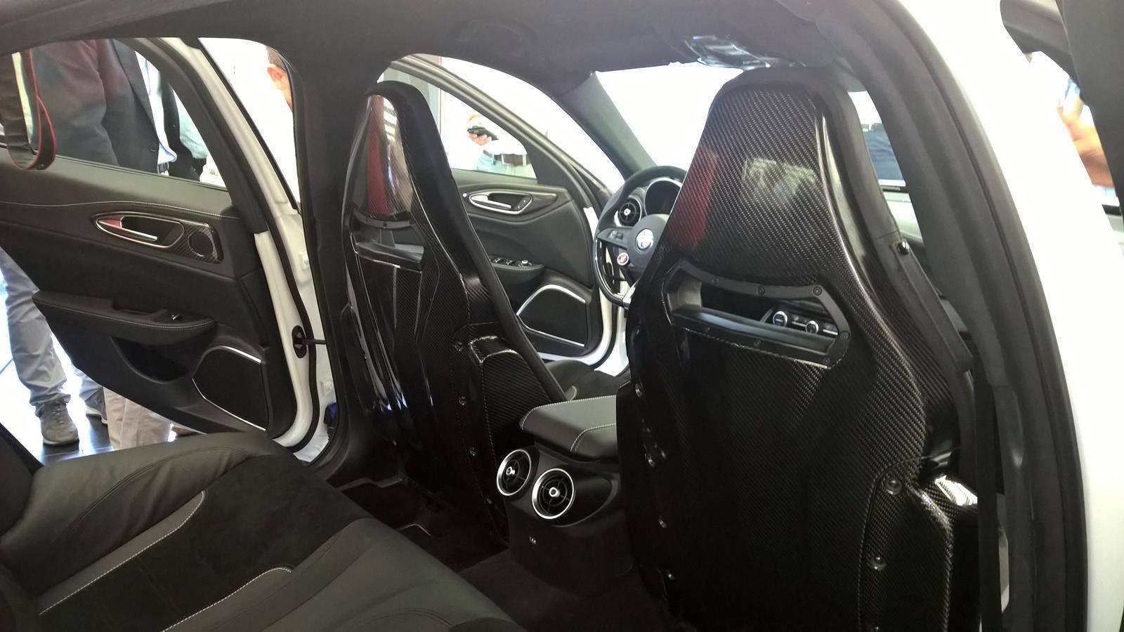 Foto de Alfa Romeo Giulia, interior (9/9)