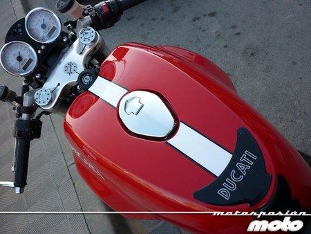 Ducati-sport-1000-depósito