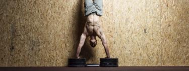 CrossFit: cómo preparar tus brazos y hombros para hacer las flexiones cabeza abajo o handstand push-ups