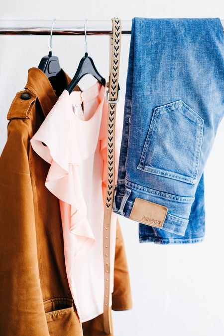 El mayor competidor de Zara seremos nosotras mismas: la reventa de ropa usada crece imparable