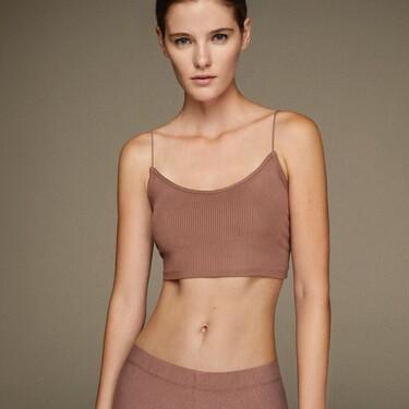 Lefties se apunta a la moda Skims y lanza una colección Perfect Shape de básicos (como ya ha hecho Zara)