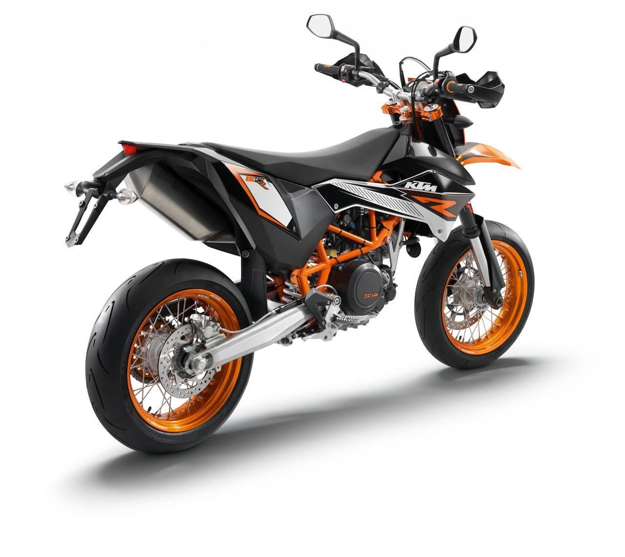 Foto de Resto de novedades de KTM presentada en el Salón de Milán 2011 (13/25)