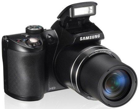 Samsung presenta su cámara WB100 con zoom de 26x