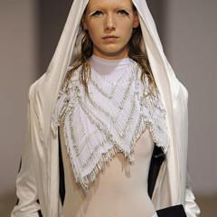 Foto 4 de 28 de la galería gareth-pugh-en-la-semana-de-la-moda-de-paris-primavera-verano-2009 en Trendencias