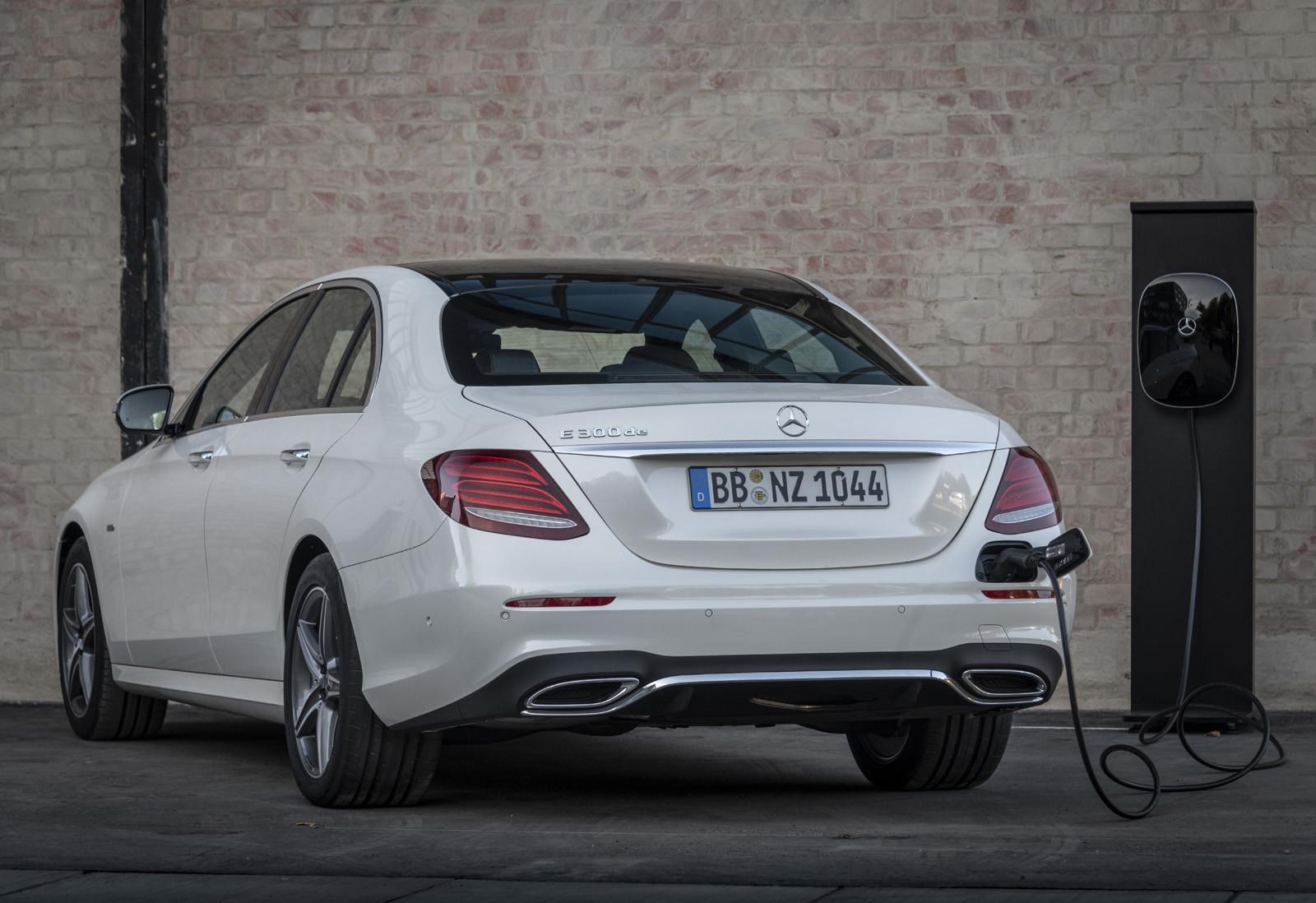 Foto de Mercedes-Benz E 300 de (presentación) (38/47)