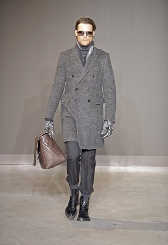 Louis Vuitton, Otoño-Invierno 2010/2011 en la Semana de la Moda de París. Abrigo