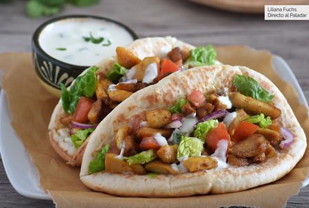 Shawarma de pollo: así se prepara la versión árabe del döner kebab