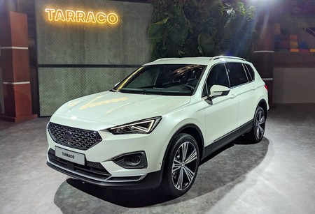 seat tarraco as es por dentro el seat que quiere ganar la guerra de los suvs. Black Bedroom Furniture Sets. Home Design Ideas
