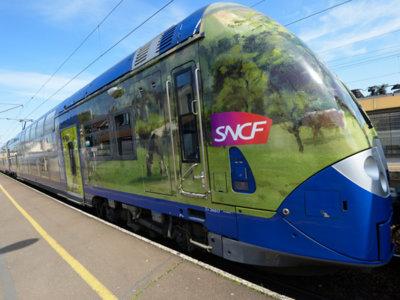 París y Normandía unidas por un tren con mucho arte