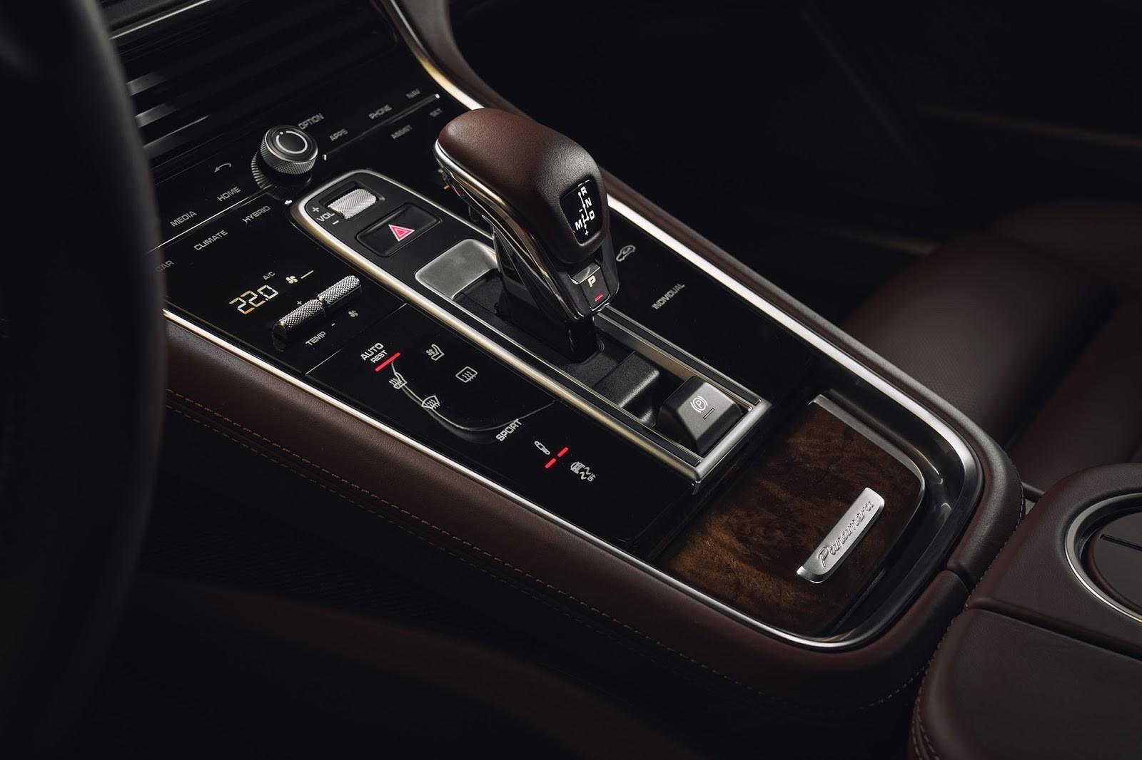 Foto de Porsche Panamera Sport Turismo (18/21)