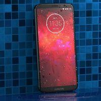 El Moto Z3 Play prepara su llegada a España: precio y disponibilidad oficiales