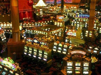 Los casinos buscan en los videojuegos lo que ya no pueden conseguir con las tragamonedas