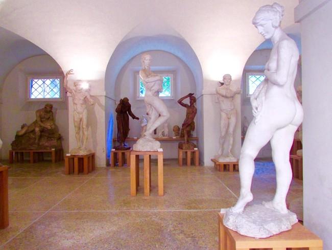 Esculturas en Palacio Museos Módena