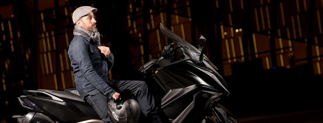 6e3143351d1 Chaqueta y guantes podrían ser obligatorios por Ley para ir en moto