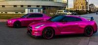 WOO Automotive, cuando el rosa invade el GT-R y el Quattroporte