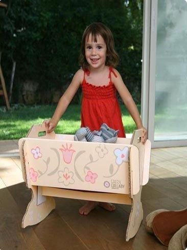 Cuna de cartón, también para muñecas