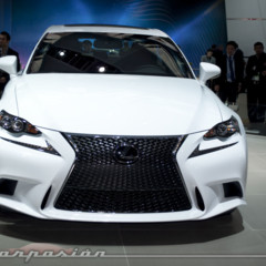 2014-lexus-is-en-el-salon-de-detroit