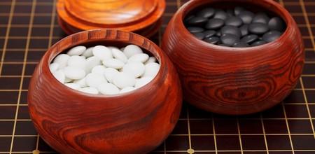 La nueva versión de AlphaGo (que aprende de sí misma, no de los humanos) superó a la antigua versión 100 victorias a 0
