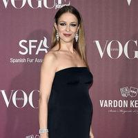 Silvia Abascal se desnuda en Instagram para mostrar su embarazo