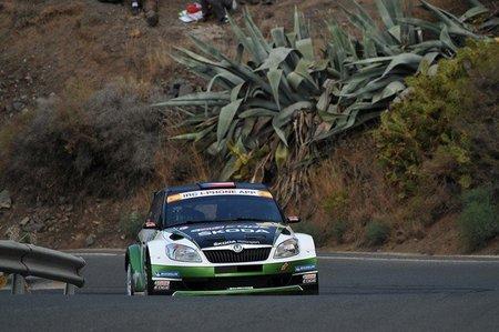 Jan Kopecky y Miguel Fuster se reparten las victorias en Canarias