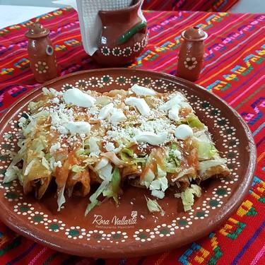 Enchiladas de requesón. Receta fácil de la cocina mexicana