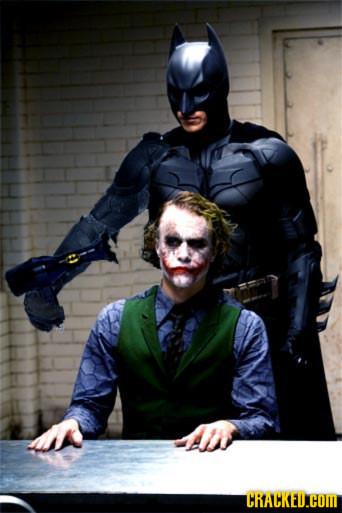Foto de Batman tuneando objetos (5/15)