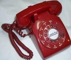 Teléfono rojo de los de antes... pero GSM