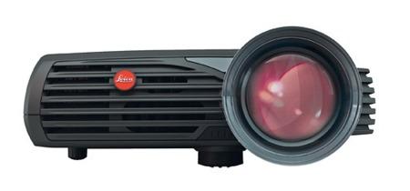 Pradovit D-1200, proyector HD de Leica