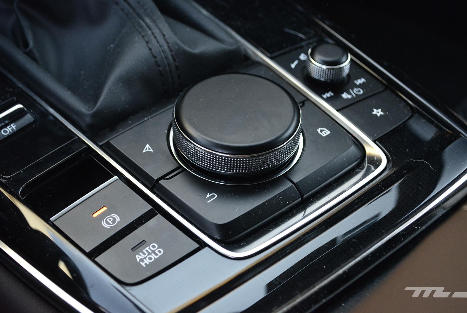 Foto de KIA Seltos vs. Mazda CX-30 (comparativa) (24/32)