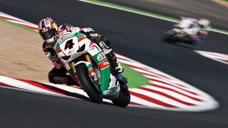 Superbikes Francia 2011: continúa la racha de Jonathan Rea mientras Carlos Checa aguanta la tercera posición