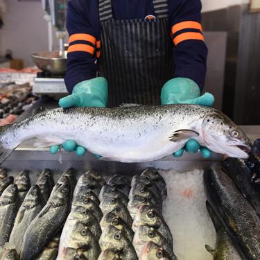 Por qué el pescado se estropea más fácilmente que la carne, cómo conservarlo mejor y cinco trucos para reconocer que sigue fresco