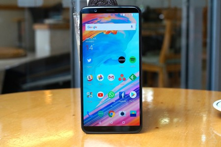 One Plus 5t Review 2
