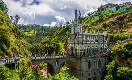 Santuario Nacional De Las Lajas