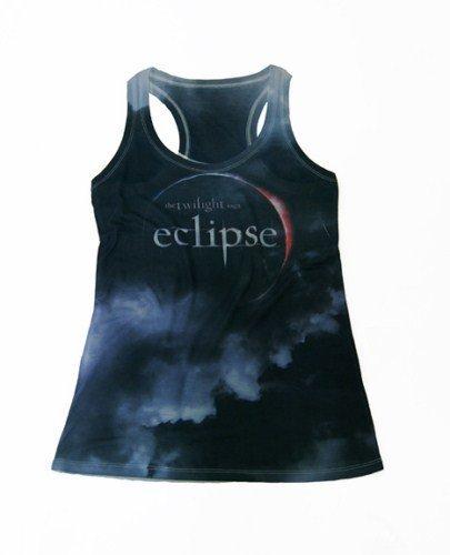 Bershka lanza una colección de camisetas inspiradas en Eclipse: la horterada insuperable. Negro