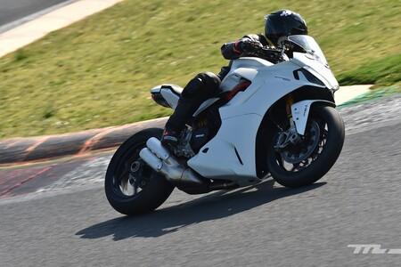 Ducati Supersport 950 2021 Prueba 003