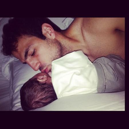 Pero qué tierno se pone Fábregas con su nena