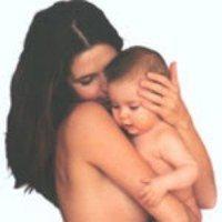 Los brazos de mamá y papá