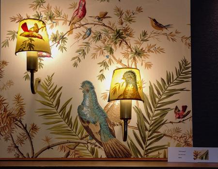 Lámparas hechas arte: Iluminatela expone sus cuadros iluminados en el Catalonia Gran Vía