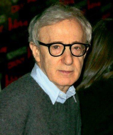 Diez razones para felicitar (y amar) a Woody Allen