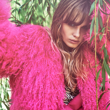 Abrigos de pelo para lucir en invierno: con estos 19 modelos serás la reina del street-style y no pasarás nada de frío