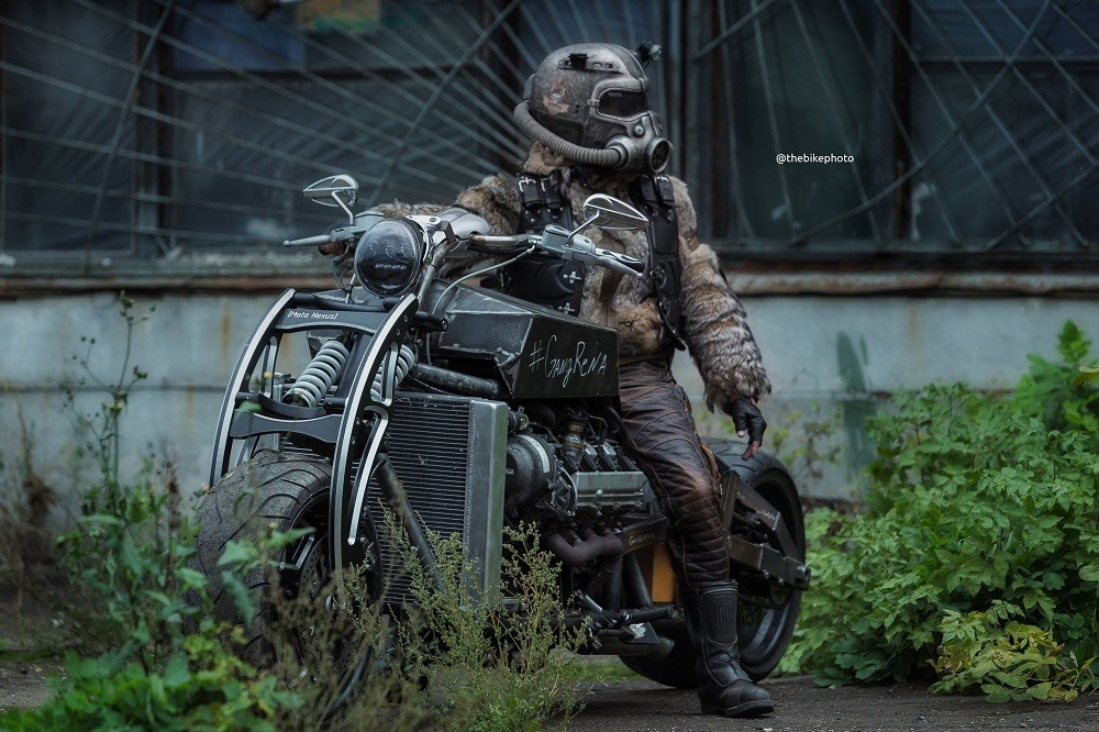 Foto de Moto Fallout (1/7)
